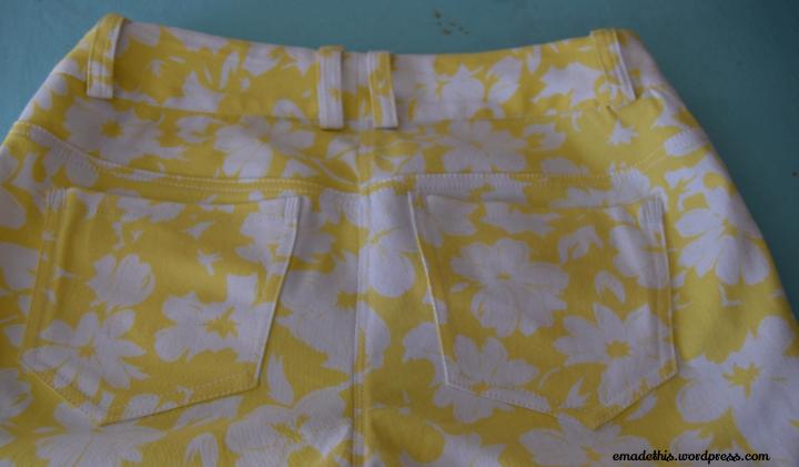 lemonfloralembroideryjeansbackclose